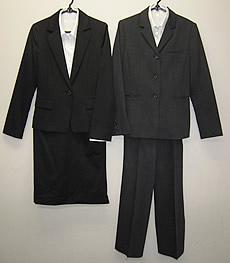 女性:自前スーツの場合
